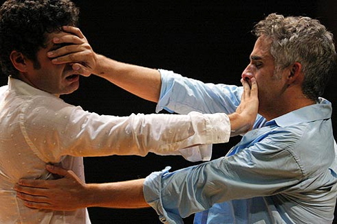 Espetáculo Aqueles Dois é baseado em conto homônimo do escritor e jornalista gaúcho C.F.A.