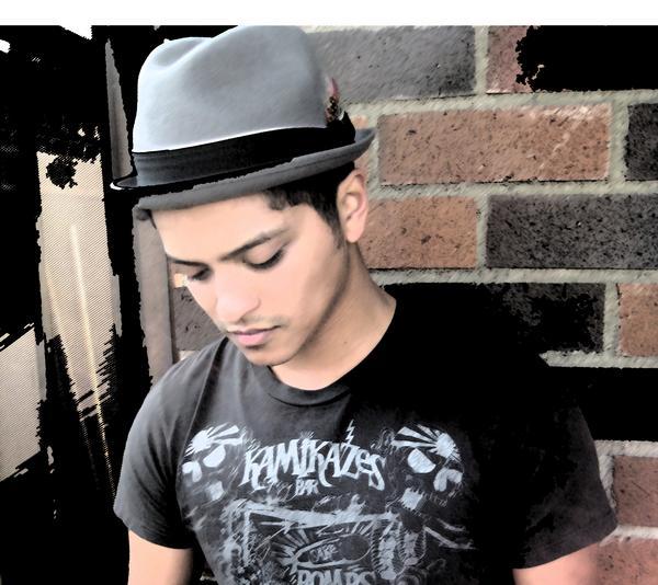 "Bruno Mars lança novo vídeo, ""Just The Way You Are"""