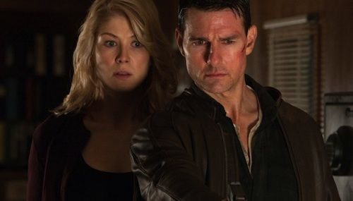 Rosamund-Pike-Tom-Cruise-Jack-Reacher